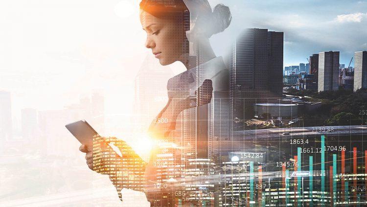 Kadınlar Teknoloji Sektöründen Memnun Ancak Liderlik Yolunda Engeller Var