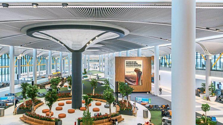 İstanbul Havalimanı'na İlk Yolcularından Tam Not!