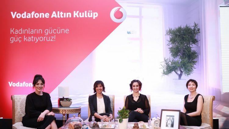 """""""Vodafone Altın Kulüp"""" Üyesi 500 Bin Kadın Dijital Geleceğe Hazırlanıyor"""