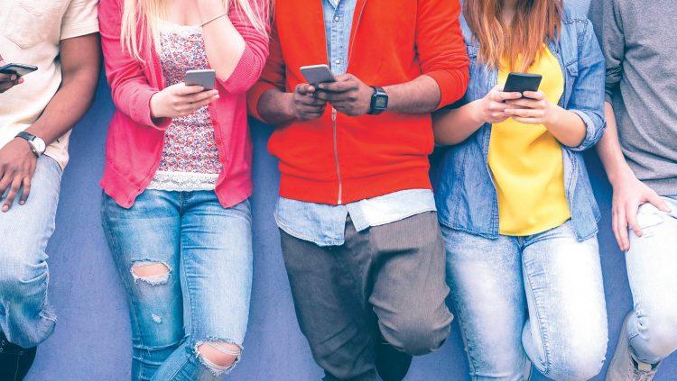 Türkiye'de Y Kuşağının %73'ü Online Tehdide Maruz Kalıyor