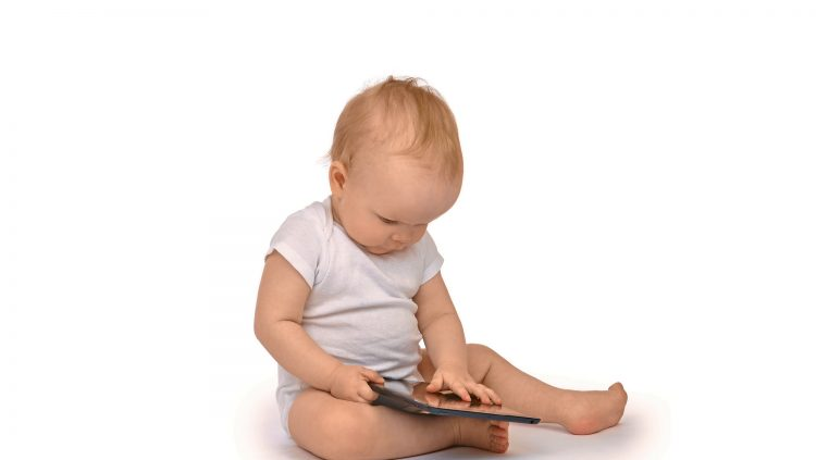 Tablet Kullanımı Bir Yaşın Altına İndi