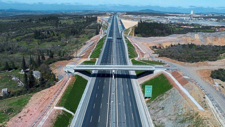 Bölünmüş Yol Ağı 26 Bin 642 Kilometreye Ulaştı