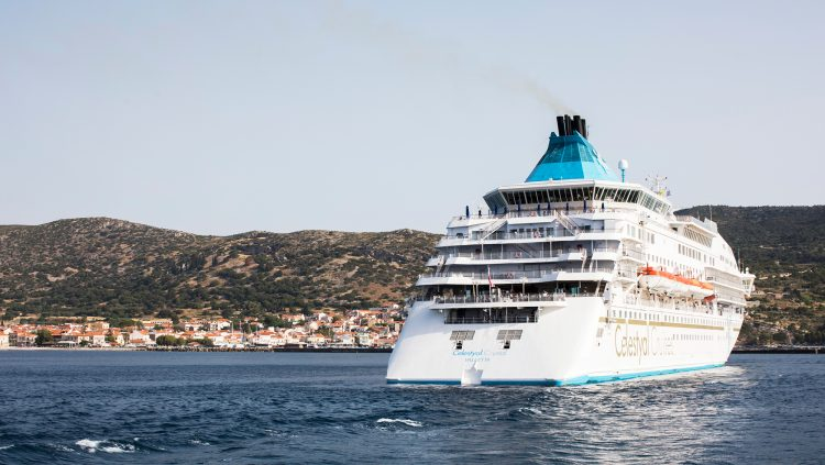 Bu Gemi Yolcularını İstanbul'dan Alacak