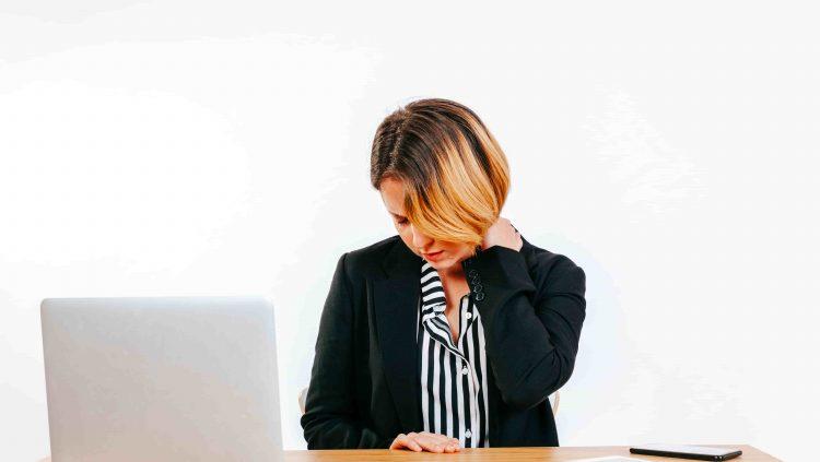 Evden Çalışanlara Boyun, Omurga ve Göz Sağlığı Önerileri