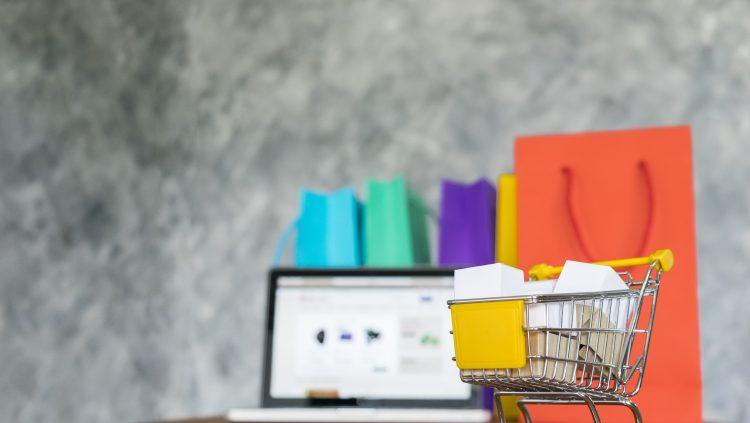 Online E-ticaret Zirvesi Başladı